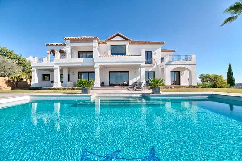 Marbella Villa with a swimming pool