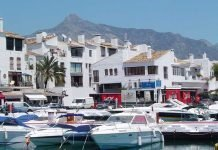Boats in Puerto Banus with La Concha in the background