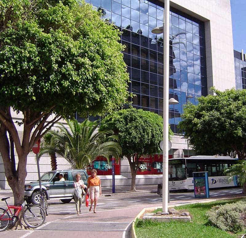 El Corte Inglés bus stop