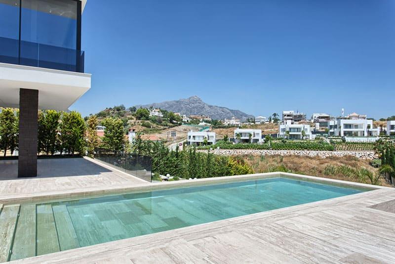 A Solobanus villa with La Concha in the background